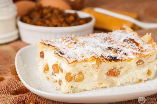 Plăcinta cu brânza dulce
